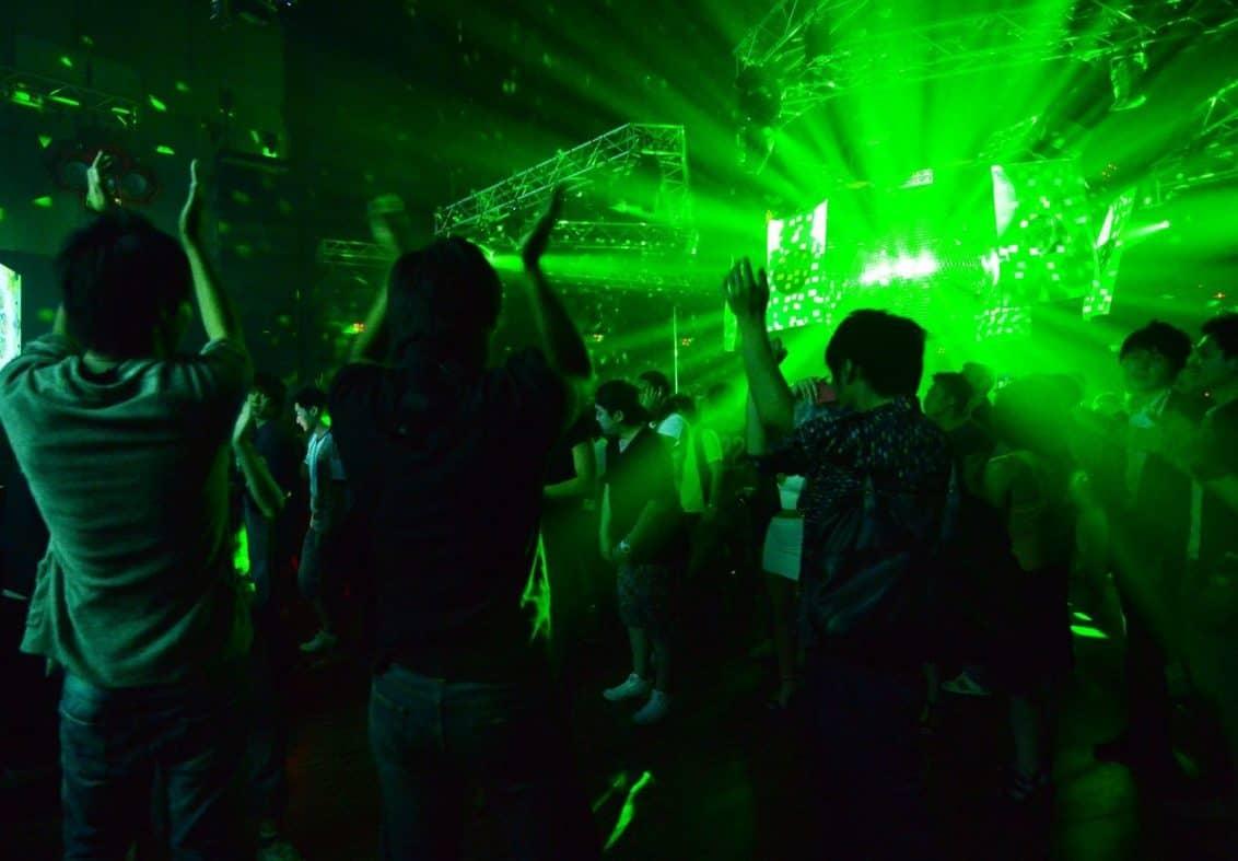 nachtclub-disco-bar-grell-party-nightlife-1-1132x787