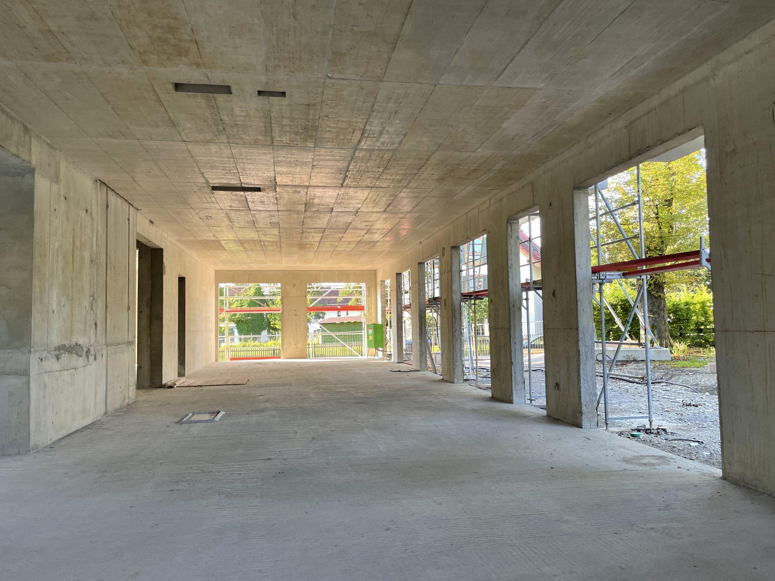 FOTO-Innenraum-scaled